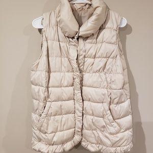 Beige puffer vest